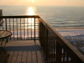 OCEANFRNT 3 Br N. O.C Luxury Slp.6 - SeaWatch# 915 - Ocean City vacation rentals