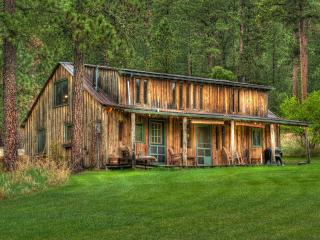 Perfect 3 bedroom Cabin in Deadwood with Internet Access - Deadwood vacation rentals