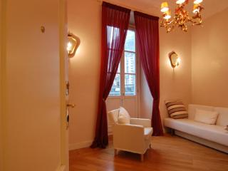 Modern 1bdr w/balcony in Brera - Milan vacation rentals
