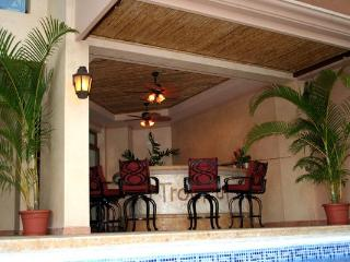 Comfortable 8 bedroom Nicoya Villa with Internet Access - Nicoya vacation rentals