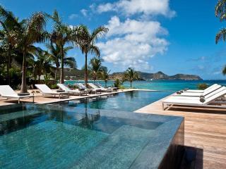 Villa Palm Beach - ABV - Lorient vacation rentals