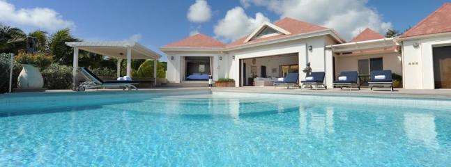 4 bedroom Villa with Internet Access in Pointe Milou - Pointe Milou vacation rentals