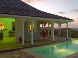 Lagon Bleu - LAB - Petit Cul De Sac Beach vacation rentals