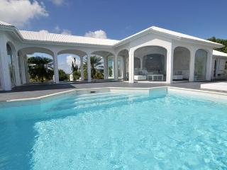 Perfect 2 bedroom Villa in Colombier - Colombier vacation rentals