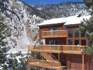 Awesome Mountain Ski House Hike Out the Front Door - Front Range Colorado vacation rentals