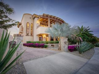 Your Ultimate Luxury Holiday Starts Here. - Los Cabos vacation rentals