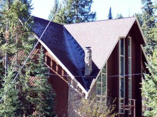 PINE SHADOWS AT VASQUEZ - Winter Park vacation rentals