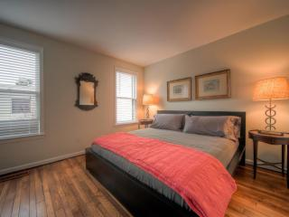 Georgetown Jewel Box with Garden sleeps 6-10 - Washington DC vacation rentals