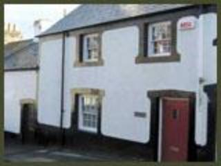 Hen Dafarn Spacious Inside Conwy Walls Sleeps 6 - Old Colwyn vacation rentals
