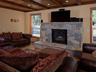 Tahoe Serenity **Pet friendly, near downtown Truckee** - North Tahoe vacation rentals