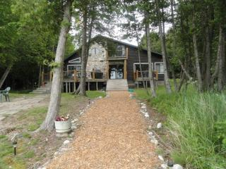Beautiful 5 Bedroom 3 bath log home on Lake Huron - Moran vacation rentals
