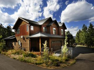 4 LUXURY CONDOS; INDIVIDUAL OR GROUP RENTALS - Estes Park vacation rentals