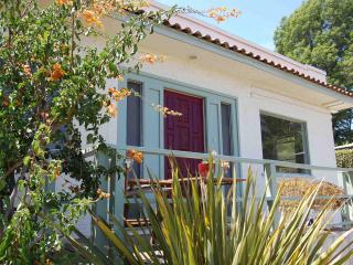 Spanish Modern in Silverlake, View & Artist Studio - Los Angeles vacation rentals