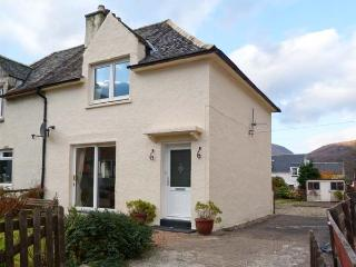 CALLART COTTAGE, country holiday cottage, with a garden in Kinlochleven, Ref 11828 - Kinlochleven vacation rentals