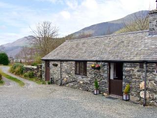 THE BARN, character holiday cottage, with a garden in Tal Y Llyn, Ref 12265 - Tal-y-llyn vacation rentals