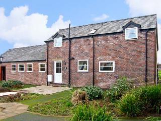 THE BARN, family friendly, country holiday cottage, with a garden in Rossett, Ref 10477 - Rossett vacation rentals