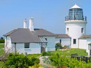 OLD HIGHER LIGHTHOUSE STOPES COTTAGE, family friendly, character holiday cottage, with pool in Portland Bill, Ref 12494 - Dorset vacation rentals