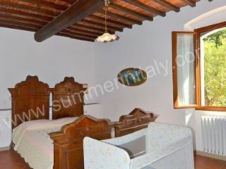 Appartamento Clarabella A - Serravalle Pistoiese vacation rentals