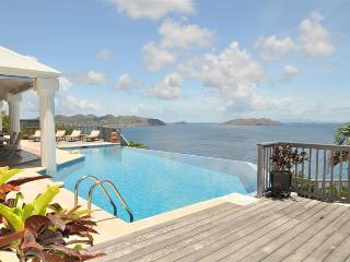 4 bedroom Villa with Internet Access in Pointe Milou - Pointe Milou vacation rentals