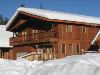 Kimberley Lodge Luxury 4000sq ft Vacation Home - Kimberley vacation rentals