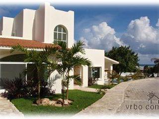 CasaCaracol-50Steps-Beach-5Min 5thAve - Playa del Carmen vacation rentals