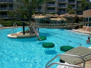 Beach Front 1-2BR w/ Last Min Special! - Fort Walton Beach vacation rentals