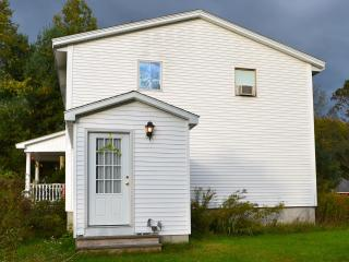 Nice 1 bedroom House in West Oneonta - West Oneonta vacation rentals