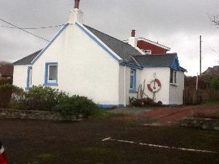 Lovely 1 bedroom Portpatrick Cottage with Garden - Portpatrick vacation rentals