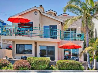 #3263+3265 - BAYFRONT W/Patio and Balcony! - Mission Beach vacation rentals