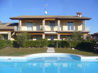 Lovely Apartment with Internet Access and A/C - Moniga del Garda vacation rentals