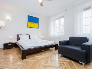 Convenient Apartment with Internet Access and Satellite Or Cable TV - Krakow vacation rentals