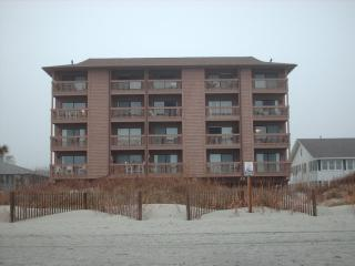 Perfect 1 bedroom North Myrtle Beach Condo with Deck - North Myrtle Beach vacation rentals