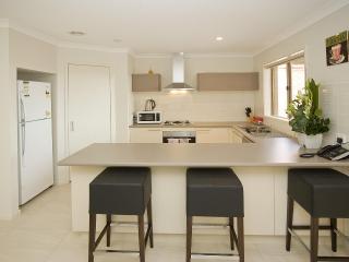 Villa SALTWATER Melbourne - QUALITY & LOCATION - Melbourne vacation rentals