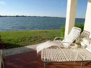 Casa Del Mar G-106 Private patio with Amazing view of the Bay - Saint Petersburg vacation rentals