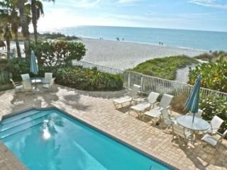 SeaSide 102 - Outstanding Gulf Front three bedroom condo with pool in 4-plex - Indian Rocks Beach vacation rentals