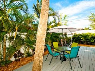 The Seashell Cottage - Anna Maria vacation rentals