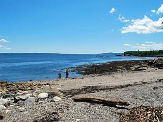 BAY VIEW BEACH COTTAGE - Town of Searsport - Mid-Coast and Islands vacation rentals