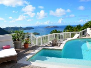 Cozy villa high up in Petite Saline offers maximum privacy and tranquility WV ADA - Saint Barthelemy vacation rentals