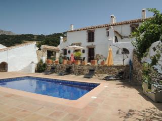 Traditional farmhouse with pool in rural Andalucia - Villanueva de la Concepcion vacation rentals