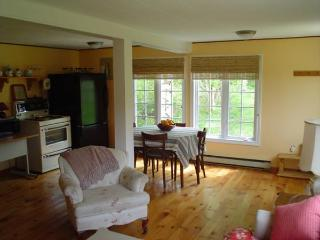 Bright Mahone Bay Cottage rental with Deck - Mahone Bay vacation rentals