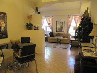 SNOWBIRDS GREAT AMENITIES!  2BR/2BA VEGAS Condo - Las Vegas vacation rentals