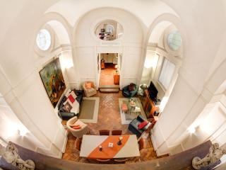 Elegant and luxury apartment in Caccialupi Chapel - Rome vacation rentals