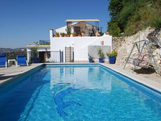 Casita with stunning location overlooking the lake - Iznajar vacation rentals