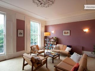 4 Bedroom Period Home, Islington - London vacation rentals