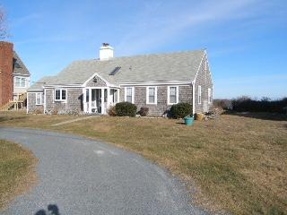 Lovely 2 bedroom Sandwich House with Deck - Sandwich vacation rentals