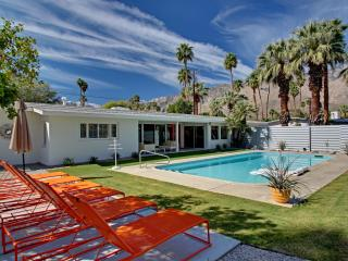 Prime PVT Mid Century Trousdale Estate in So. P.S - Buenos Aires vacation rentals