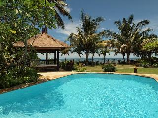 Villa Pantai - Luxury and Spacious Beach Villa - Pekutatan vacation rentals