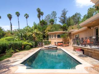 Gorgeous Villa with A/C and Television - Beverly Hills vacation rentals