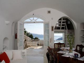 Luxury Villa at Oia with amazing view and  pool - Oia vacation rentals