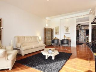 Luxury, spacious, bright flat with stunning views - Lisbon vacation rentals